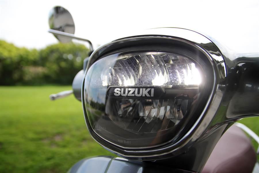 當義式經典外觀遇上日式精緻質感 Suzuki Saluto 125