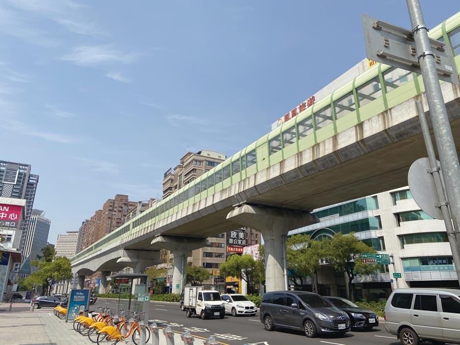 台中捷運綠線年底將通車,官員透露將推出「地王等級」標案。圖/本報資料照片