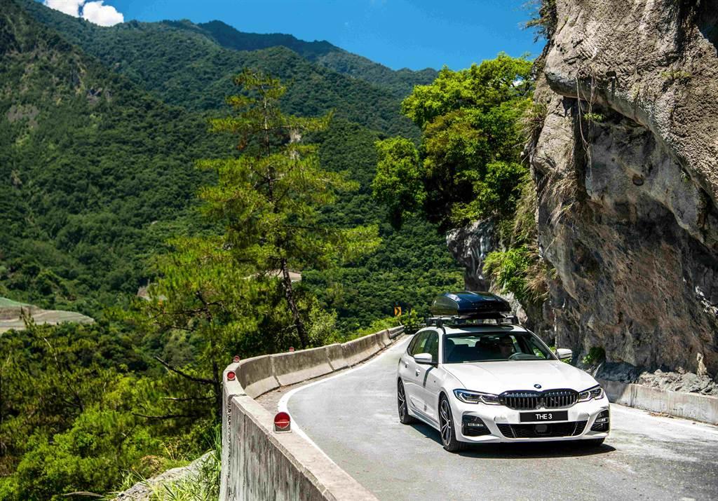除擁有無與倫比操控樂趣外,BMW 3系列更配備多項安全與便利科技配備,造就每一趟安全、愉悅的旅程