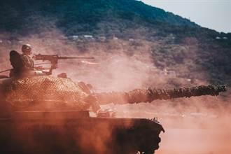 陸軍關指部反突擊作戰 嚴守淡水河