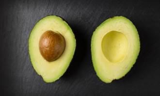酪梨籽別丟!營養不輸果肉 煮茶喝助減肥、抗老化