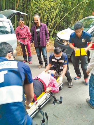 阿里山採茶車翻覆 17人送醫