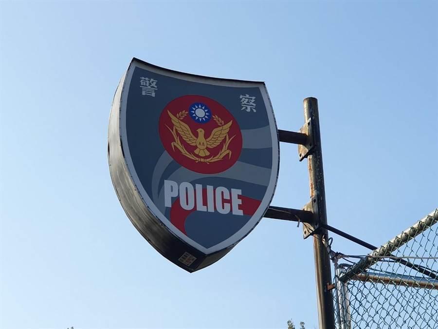 19歲少女13日晚間11時許被發現墜落於新北市五股區住家大樓旁。(葉書宏攝)
