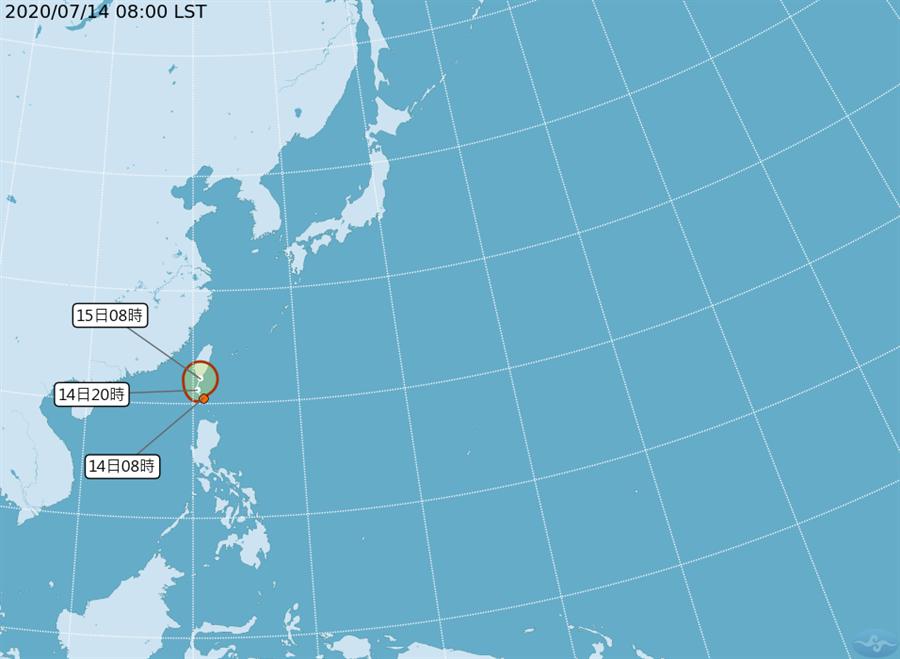 氣象局表示,熱帶性低氣壓TD04今(14)早上8時位於北緯20.5度,東經121度,即在鵝鑾鼻南方170公里之海面上,向西北轉北北東移動,不排除登陸可能。(氣象局)