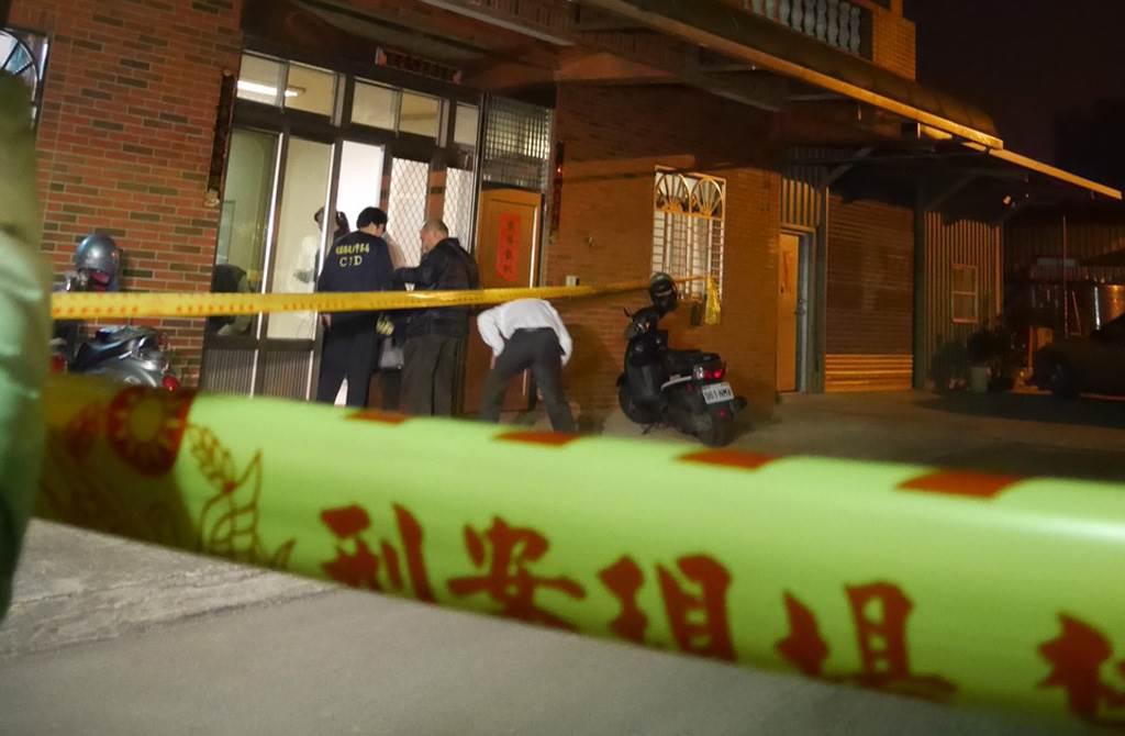 2016年3月,八德區廣福路民宅傳出4死2傷命案,檢警到場勘驗。(中時資料照 蔡依珍攝)