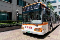 《半導體》用AI突破公車A柱盲點 威盛車載再推新應用
