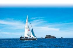 向海致敬 岳明小帆手繞島27天