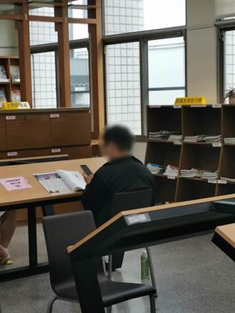 男子圖書館打手槍猥褻高1女 竟「撒」在她座位周圍