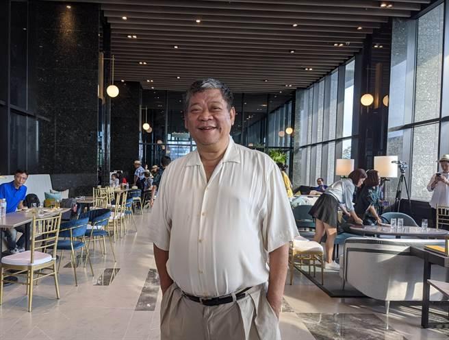愛山林建設董事長祝文宇表示,疫情後的觀光消費潮帶動此波淡海新市鎮買盤。(葉思含攝)