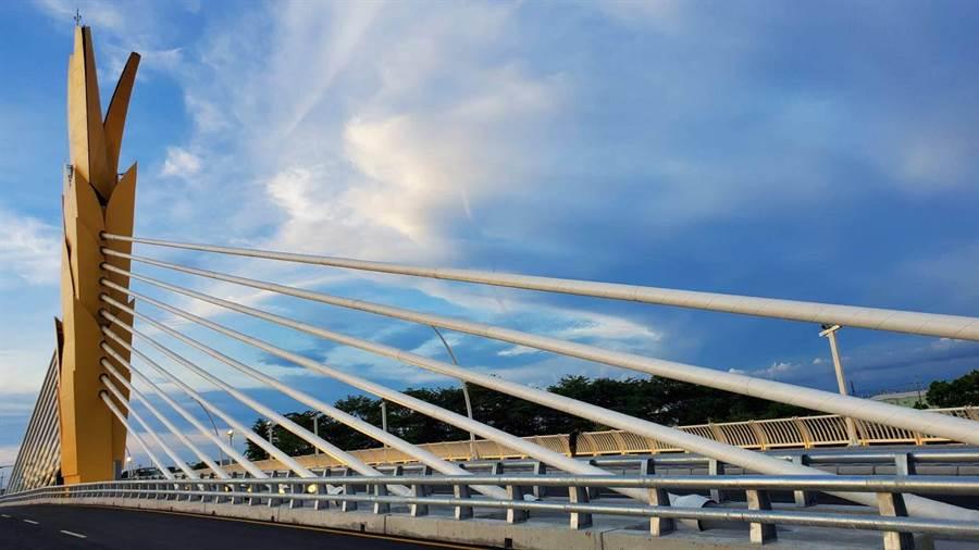 雲禾大橋背後設計者,是建造上海迪士尼城堡的台商簡廷在。豪門國際提供