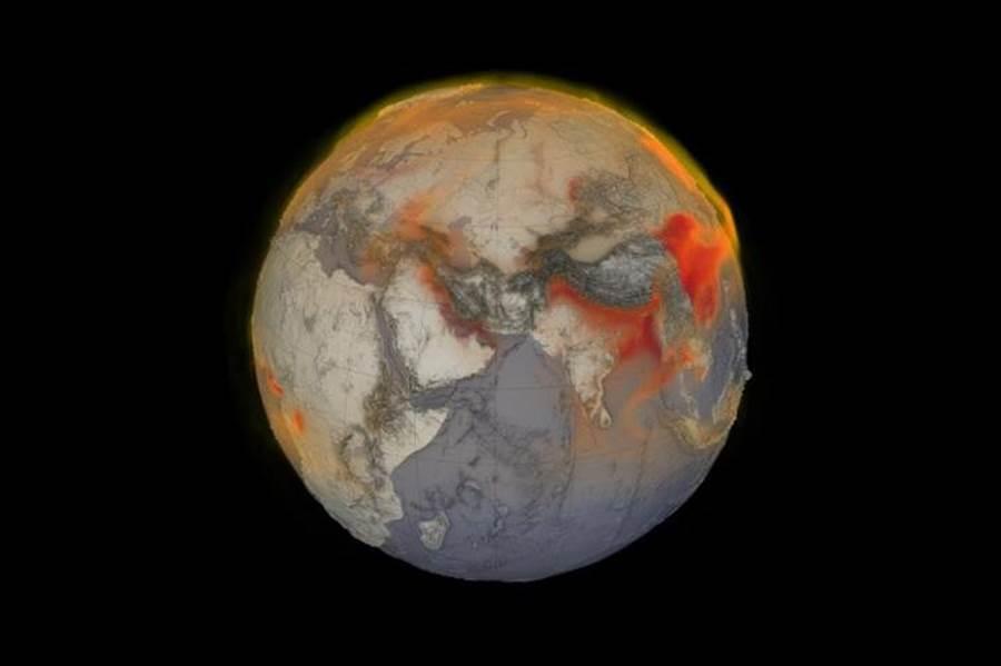 NASA的地貌衛星,在2018年將全球甲烷以分色圖來呈現。紅色顯示大氣中甲烷濃度較高的區域。 (圖/NASA)