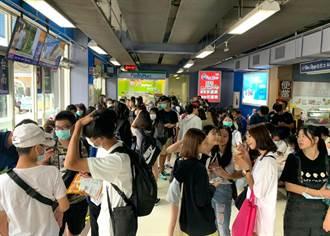 太熱!年輕人湧麗寶玩水 國光客運免費接駁再增班