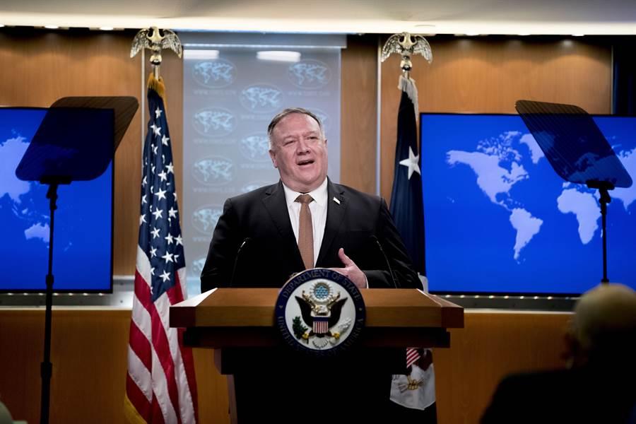 美國國務卿蓬佩奧連續發表南海強硬聲明,專家認為美在南海將有軍事與制裁行動。(圖/美聯社)