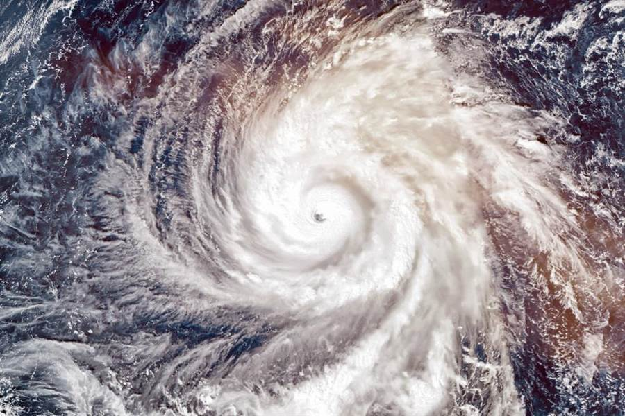 天氣達人彭啟明指出,這波高壓非常的鞏固也穩定,有些擾動要發展成颱的機會較低。此為示意圖。(達志影像/shutterstock)