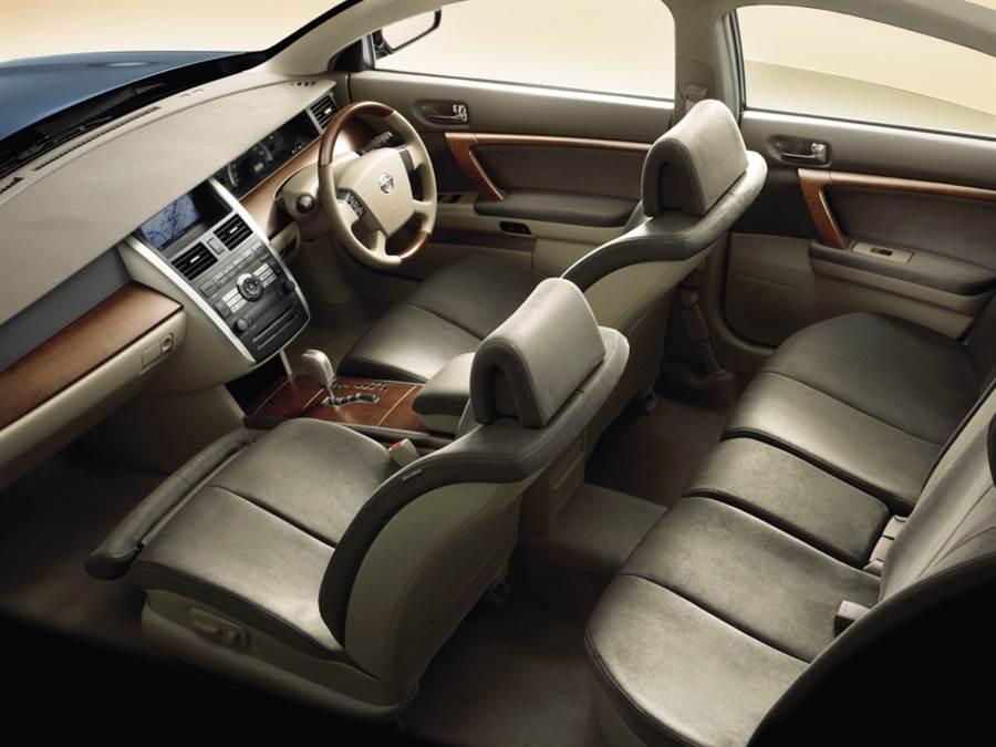 「選擇與集中」Nissan TEANA L33 日規官網下架,退出日本中大型前驅房車市場!