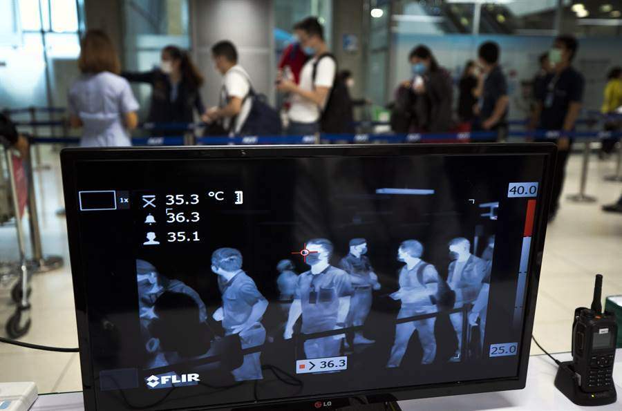 泰國曼谷機場設置熱像儀檢疫。(美聯社資料照片)