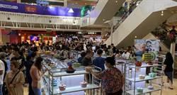 高雄夢時代初夏購物樂活動正式開跑 吸引選購人潮