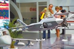 陸海鶻鷹上艦 鬥美F-18E沒優勢