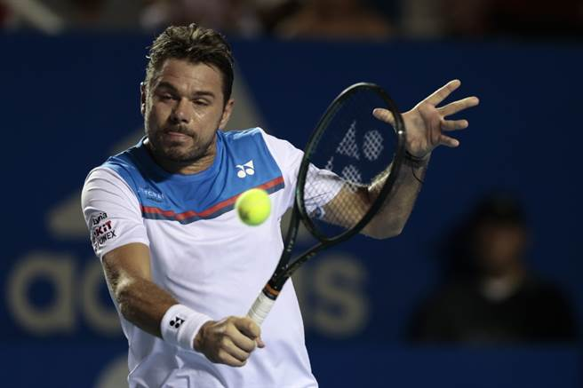 瑞士網球名將瓦林卡使用反拍回擊。(美聯社資料照)
