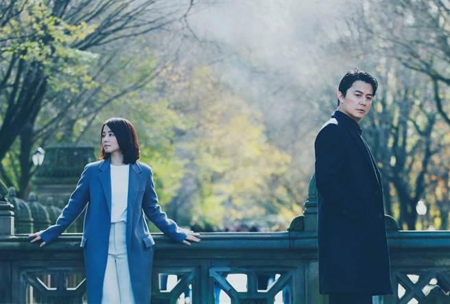 福山雅治(右)與石田百合子主演的《日間演奏會散場時》31日在台上映。(傳影提供)
