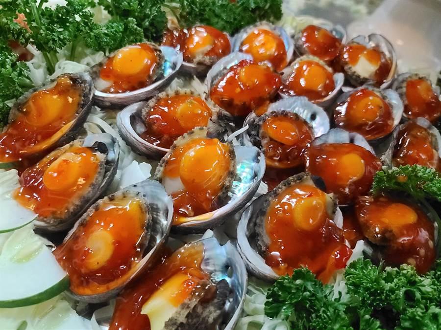 超浮誇的各式海鮮,不只美味更是新鮮。(圖/U米提供,未經授權請勿擅自取用)