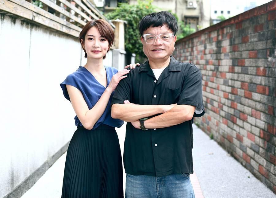 李亦捷(左)演出施立導演的作品,兩人默契、信任感十足。(粘耿豪攝)
