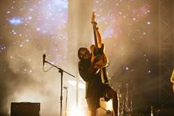 「搖滾台中」全球直播,樂迷螢幕前狂刷愛心