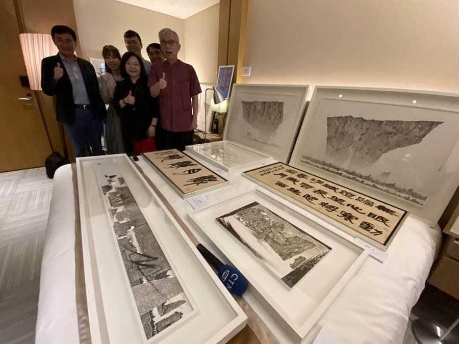中山青年藝術獎首次結合藝博會資源,共同推介青年藝術家,在台中市開展的地點,不在美術館,也不是文化中心,而是選在五星級大飯店日月千禧的客房。(盧金足攝)