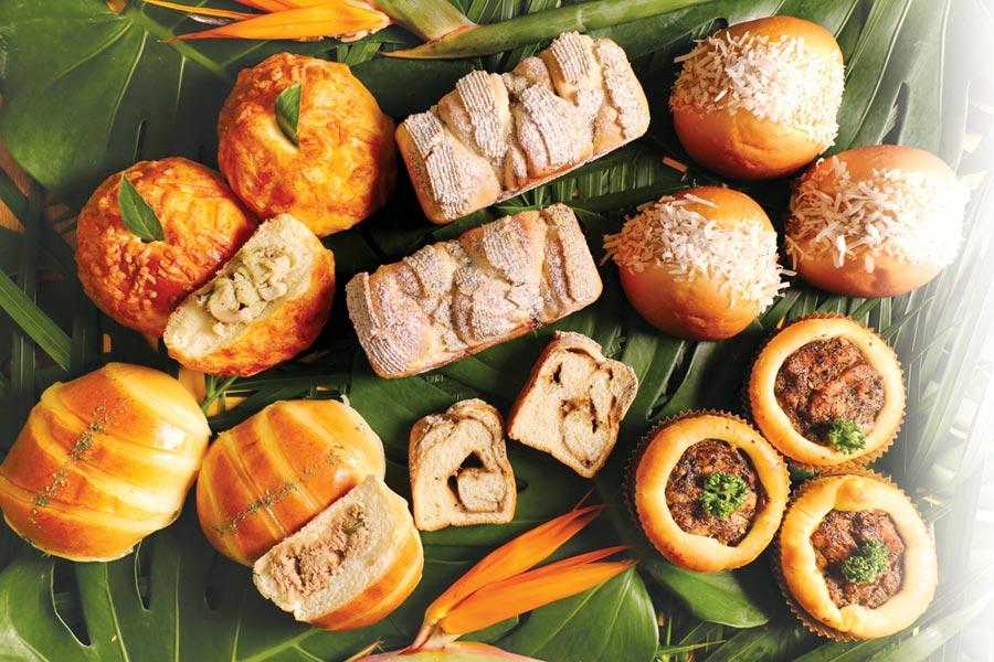 ˙世界麵包冠軍吳寶春設計了一系列「南洋風麵包」,參與新加坡國慶活動「獅城美食總動員」。圖/吳寶春(麥方)店