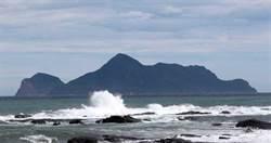 台灣首位當日來回泳渡龜山島 林家和憑意志12小時完成挑戰