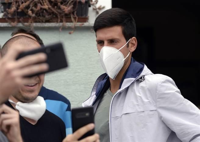 球王喬柯維奇感染新冠肺炎,考慮是否出征美網。(美聯社資料照)