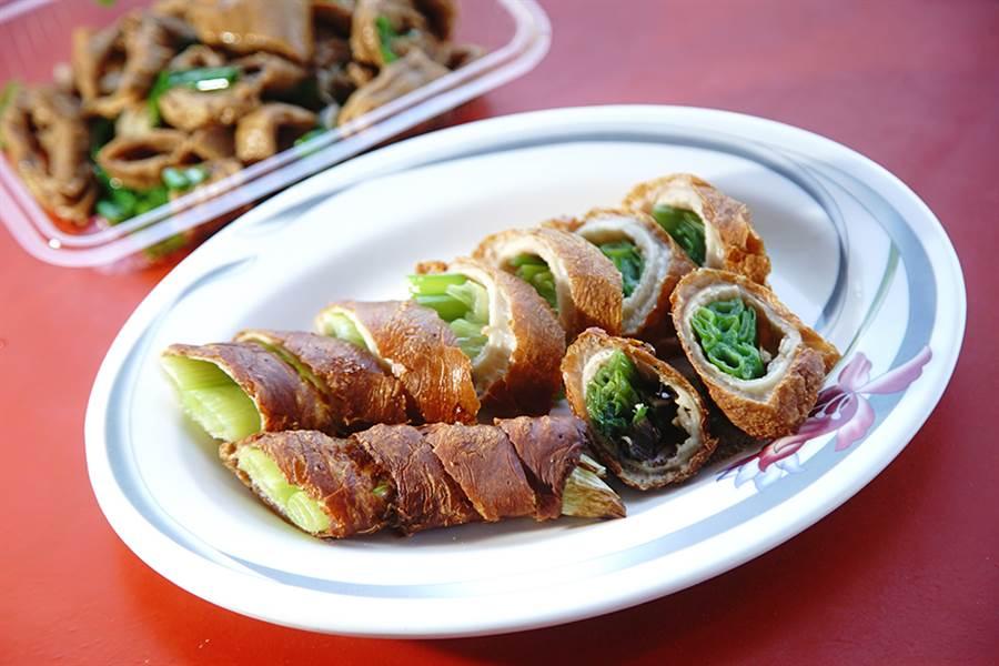 王記大肥腸現做現吃,口感香酥。(攝影/曾信耀)
