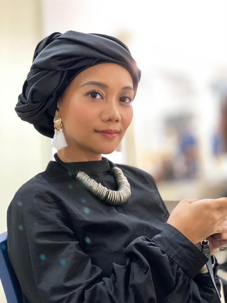 阿爆(阿仍仍)以《kinakaian 母親的舌頭》入圍8項金曲獎。那屋瓦文化提供