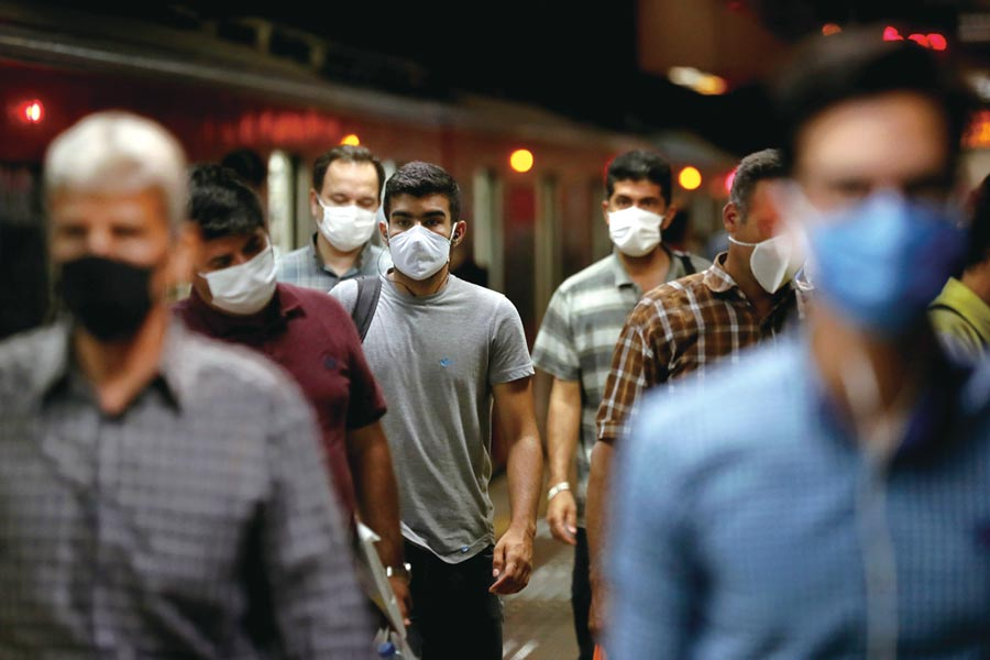 伊朗強制民眾戴口罩圖╱美聯社