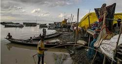豪雨泛滥 印度、尼泊尔400万人撤离 189人死于洪水