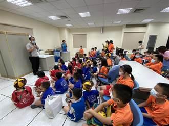 大雅警分局成立以來 首批小朋友開心造訪