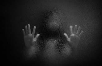 女記者闖五子命案現場有異狀崩潰 廟公道士「見相同畫面」悚然
