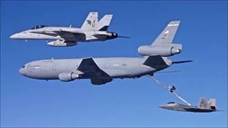 美國空軍KC-10加油機退役 送往飛機墳場