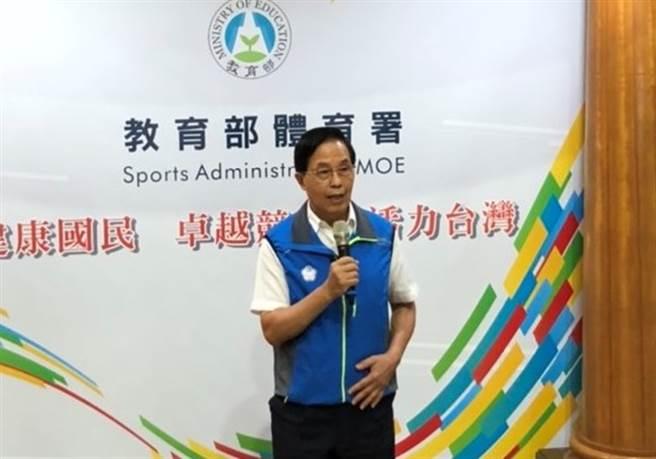 體育署副署長王水文說明動滋券領取和消費強況,目前已有近7成中獎者完成領券,總消費金額也有8.6億元。(體育署提供/資料照)
