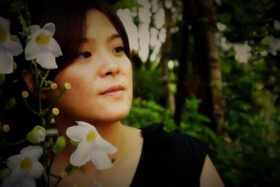 陳玉珍在交友APP上的照片相當清秀,讓不少人驚艷。(圖/陳玉珍提供)
