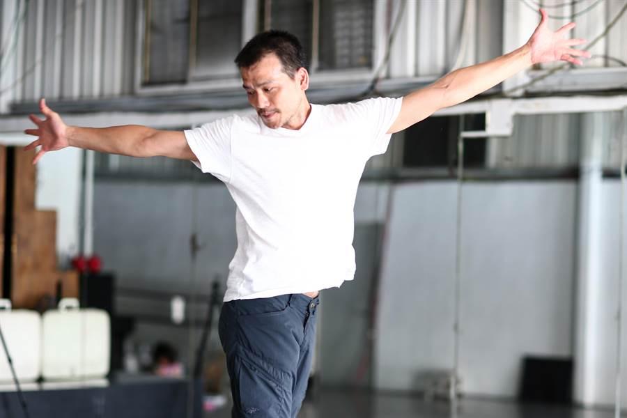 編舞家陳武康,分享人生不同階段對舞蹈的想法。(鄧博仁攝)