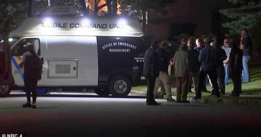 美國聯邦法院女法官薩拉斯的家人遇襲,警方現場勘驗。(圖/NBC News)