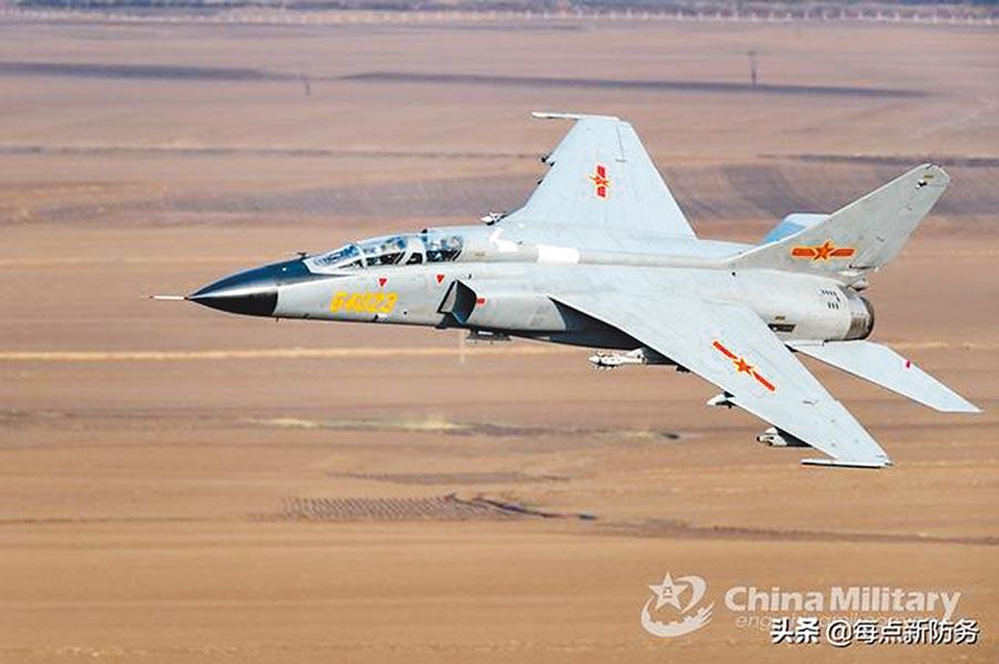 殲轟-7。(取自中國軍網英文版)