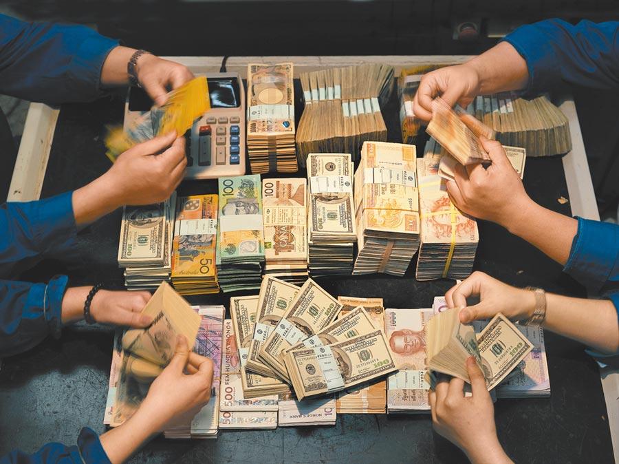 美國聯準會釋出強烈鴿派信號,亞太貨幣持續復甦。(視覺中國)
