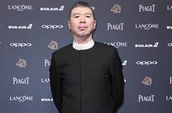病況惡化宣布放棄治療 金馬影帝馮小剛近況引熱議