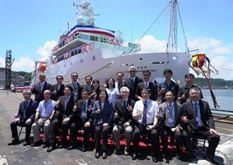 台船新造海洋科技研究船 總統命名「新海研一號」