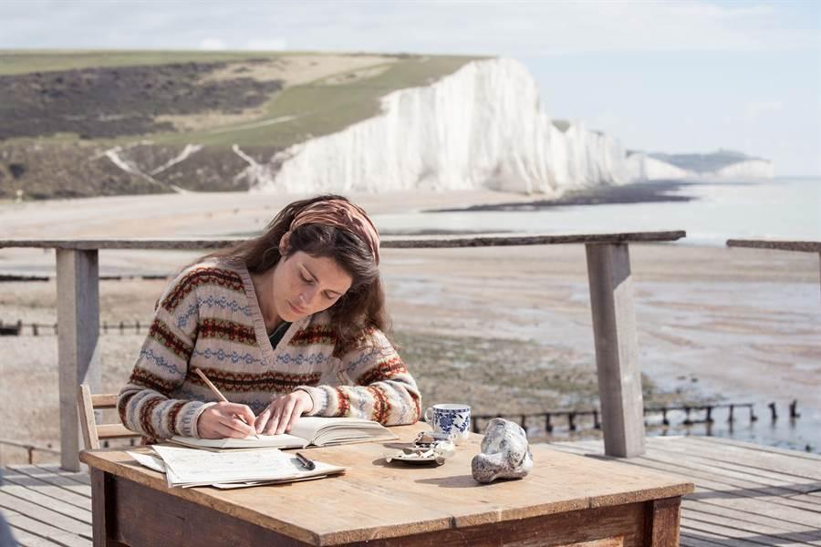 電影於最美世界盡頭「七姐妹斷崖」取景。(威視電影提供)