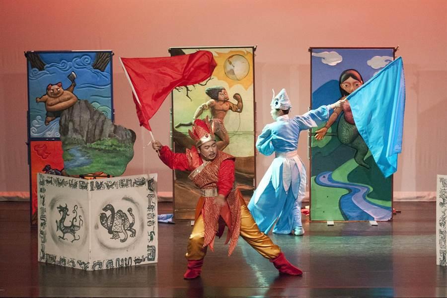 港區藝術中心將推出「不童凡響~親子兒童藝術節」活動;圖為偶偶偶劇團《五色石的秘密》劇照。(港區藝術中心提供/陳淑娥台中傳真)