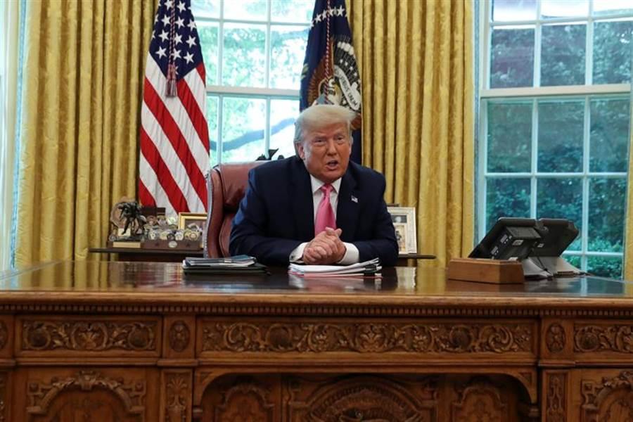 著名美國東亞專家傅高義表示,在川普總統推動的極端政策下,北京和華盛頓有可能因台灣或南海發生戰爭。(路透)