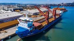 海能風場水下基礎到港 力拚年底發電